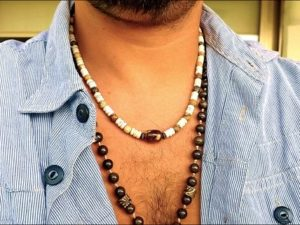 Surfers necklace with Agate Center