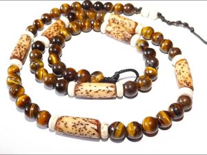 Wood & Tiger Eye Surfer Necklace